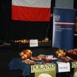 Promocja-polskich-jablek-w-Helsinkach