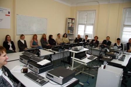 Po-pierwsze-kompetencje-szkolenia-i-kursy-fundusze-norweskie